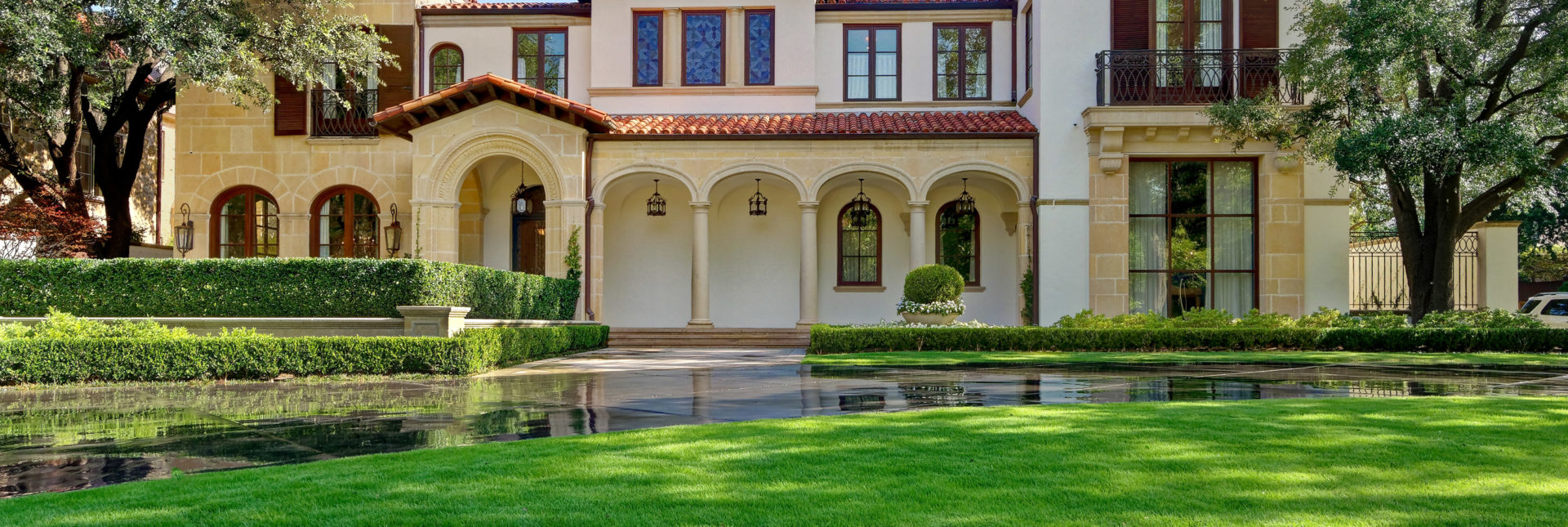 Southern Botanical's landscape experts share 5 must-know summer water conservation tips for lawns and landscapes in North Texas